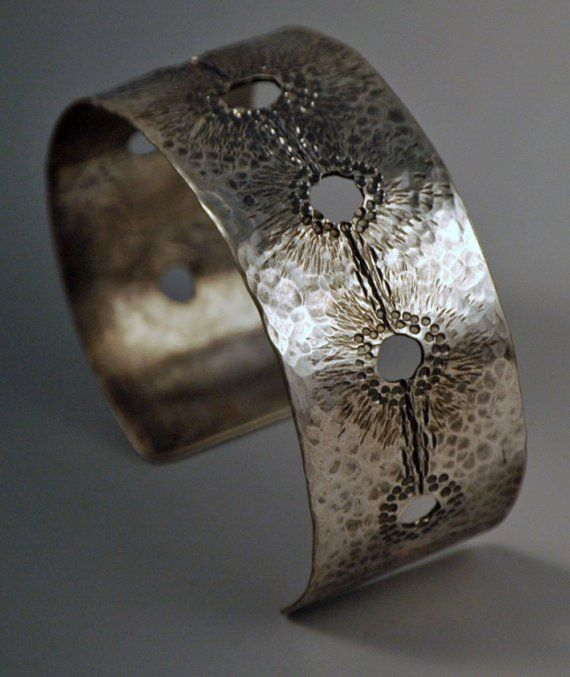 Bracelete.