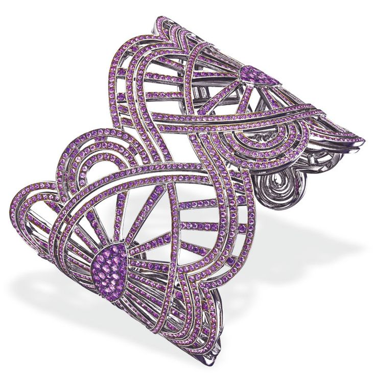 Chopard Red Carpet collection bracelet with amethyst set in 18-karat white gold.
