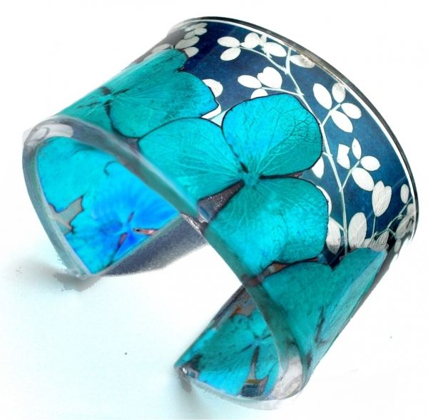 Cuffs - Sue Gregor. Jewelry accessories aqua