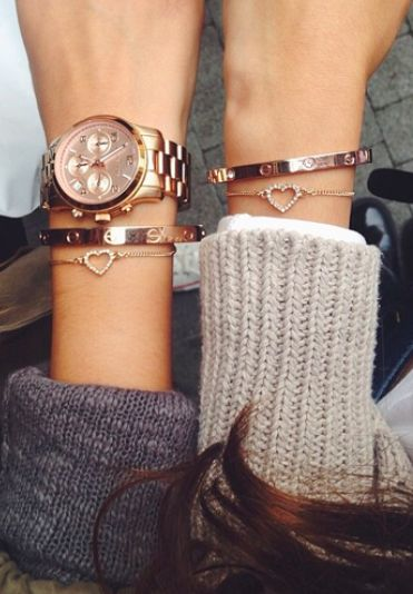 Can someone please find me this bracelet like omg !!!