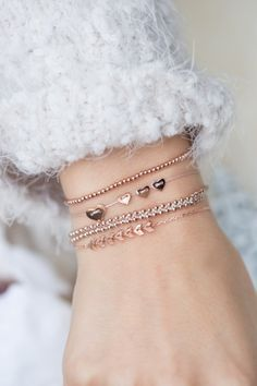 show some love this Christmas with meaningful symbol jewelry ✨ I NEWONE-SHOP.C...