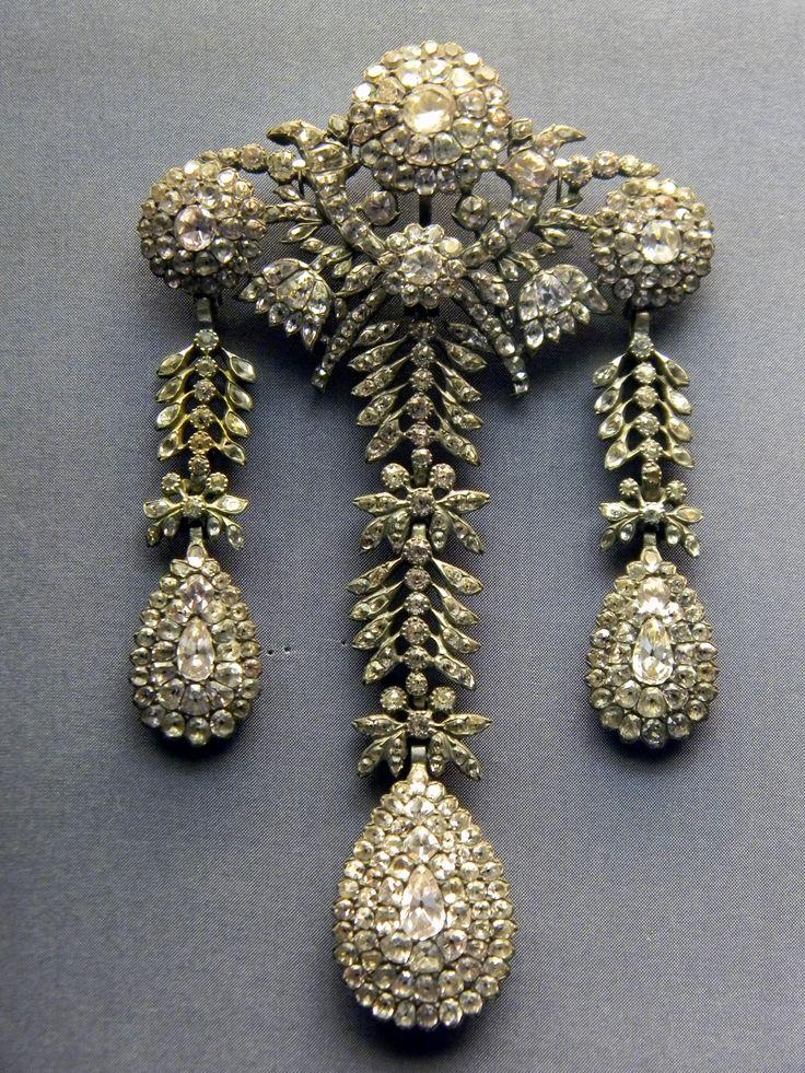 18th century portuguese devant de corsage, National Museum of Ancient Art…