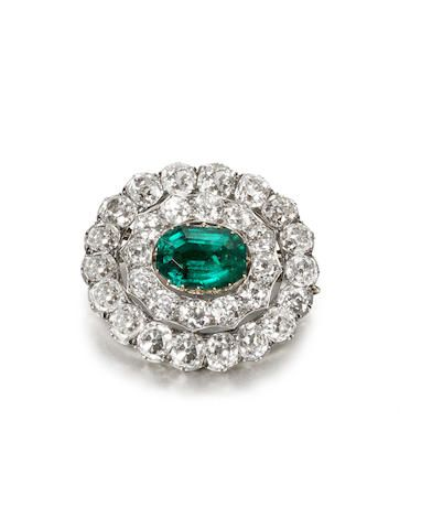 A late 19th century/early 20th century emerald and diamond cluster brooch/pendan...
