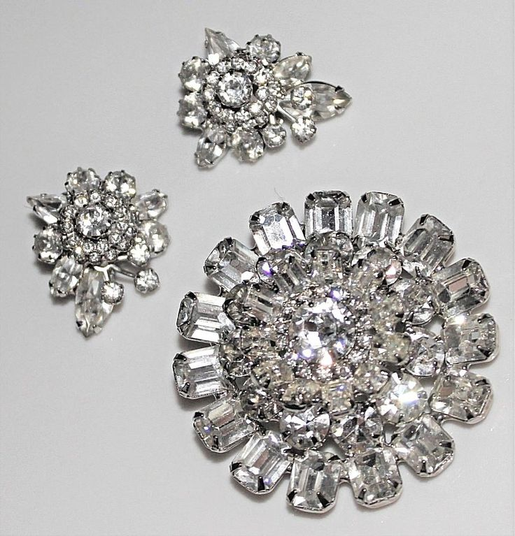 Vintage WEISS Bold Clear Rhinestone Brooch & Earrings Set - 1950's Glam! #Weiss