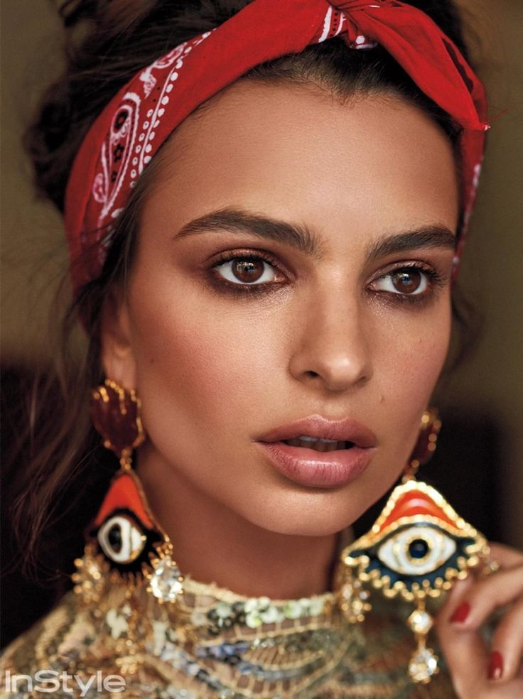 Getting her closeup, Emily Ratajkowski poses in Marc Jacobs sequined minidress w...
