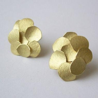 Kayo Saito: Petal Earrings  |♦F&I♦