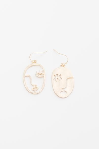 Picasso inspired mismatched face dangling hook earrings. Measures approx. 1