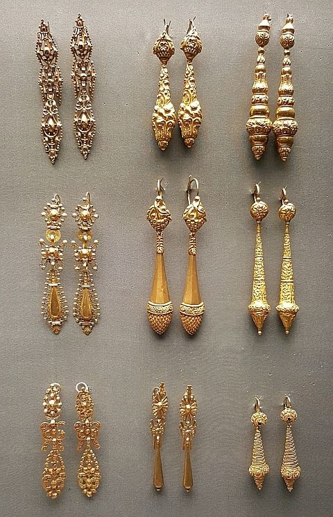 Portuguese gold earrings - National Museum of Ancient Art | ♦F&I♦