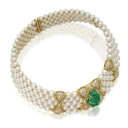 Emerald, diamond and pearl choker.