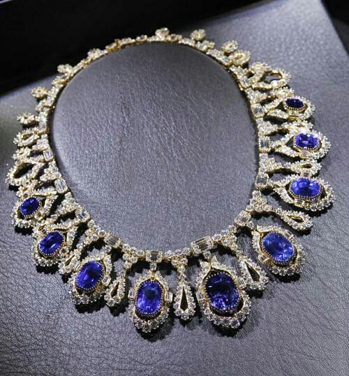 Part of a suite by Alexandre Reza the necklace features 600 diamonds weighing 82...
