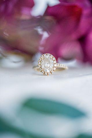 Halo diamond engagement ring | Kaitlin Poirier Photo & Video