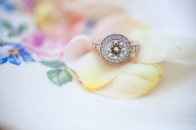 Round halo engagement ring Photography: Ashley Kidder Photography   Burnett'...