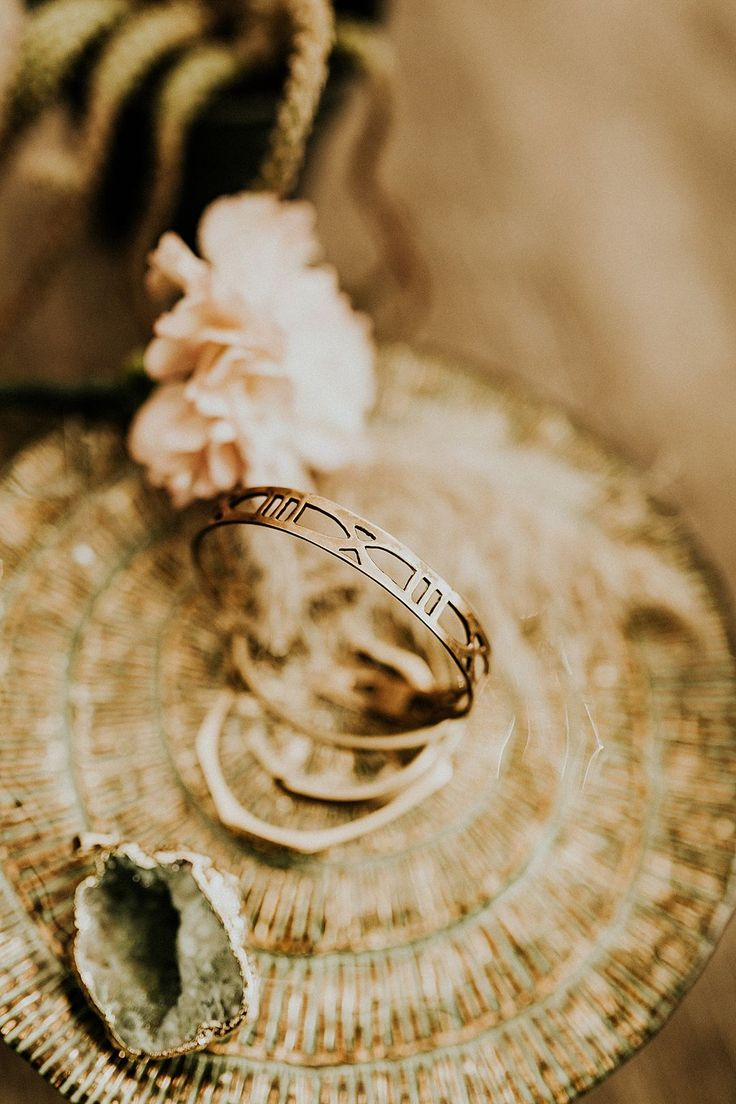 An Intimate and Free Spirited New Age Desert Wedding Shoot with A Bohemian Vibe...