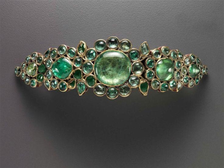 Emerald bracelet.