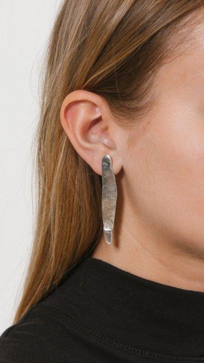 Coyote Negro Laminitas Earrings In Silver | The Dreslyn