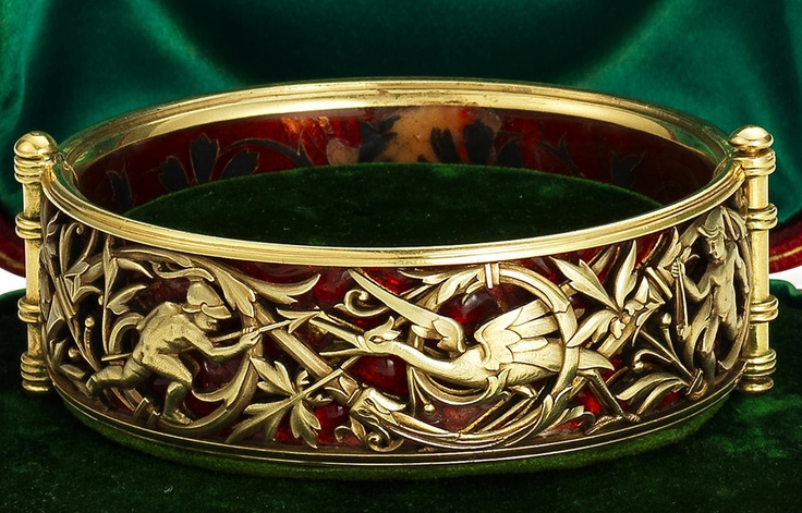 Gold and enamel bracelet.