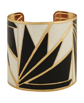 Art Decó bracelet: Geometric pattern included and the use of the cream colour i...