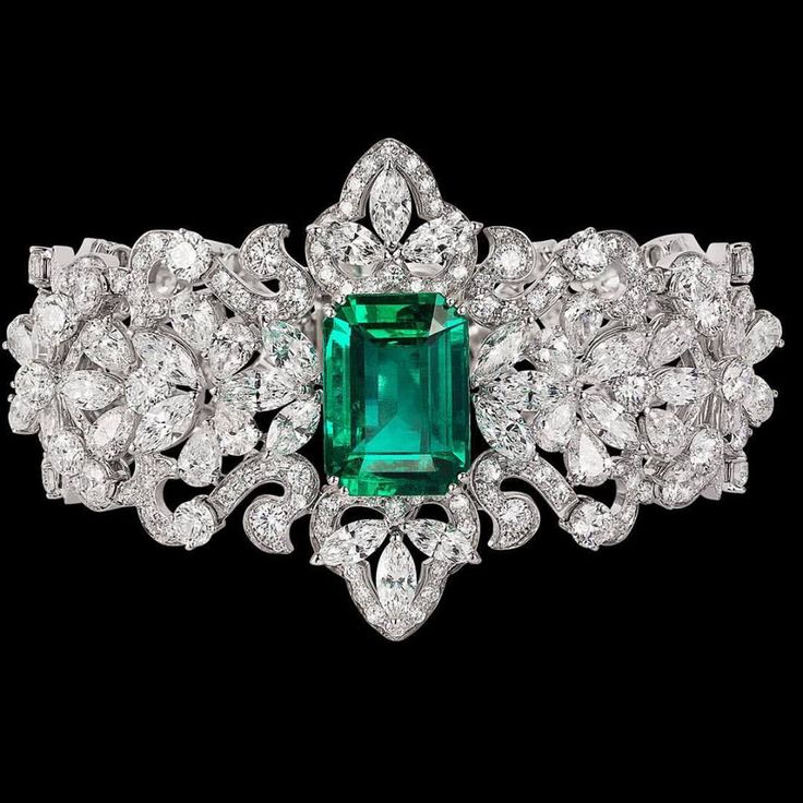 Emerald & Diamond Bracelet! #Emeralds #Jewelry #Bracelets