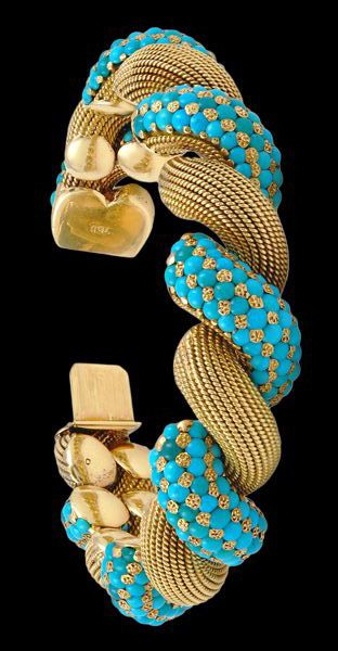 Turquoise and gold bracelet.