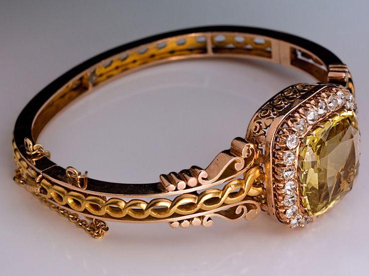 памятника золотые изделия царской россии на фото ниже сеспель