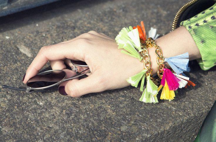 Vogue.es 7 days/7 looks Day 5 Rafia bracelets  #summer #accessories