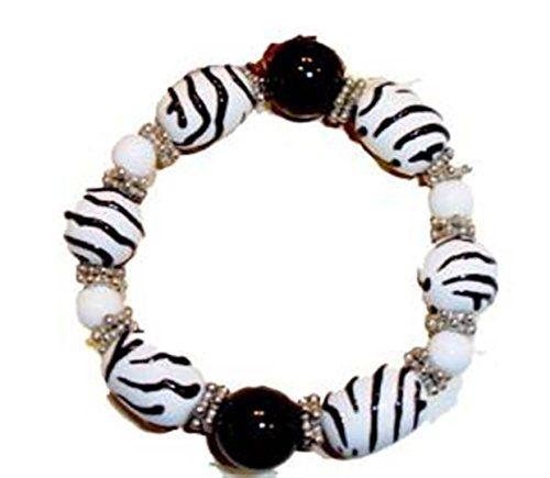 Zebra Print Stretch Bracelet G4 White Black Glass Beads R... www.amazon.com/...