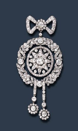 AN EXQUISITE BELLE EPOQUE DIAMOND BROOCH, c 1908 Signed Cartier, Paris