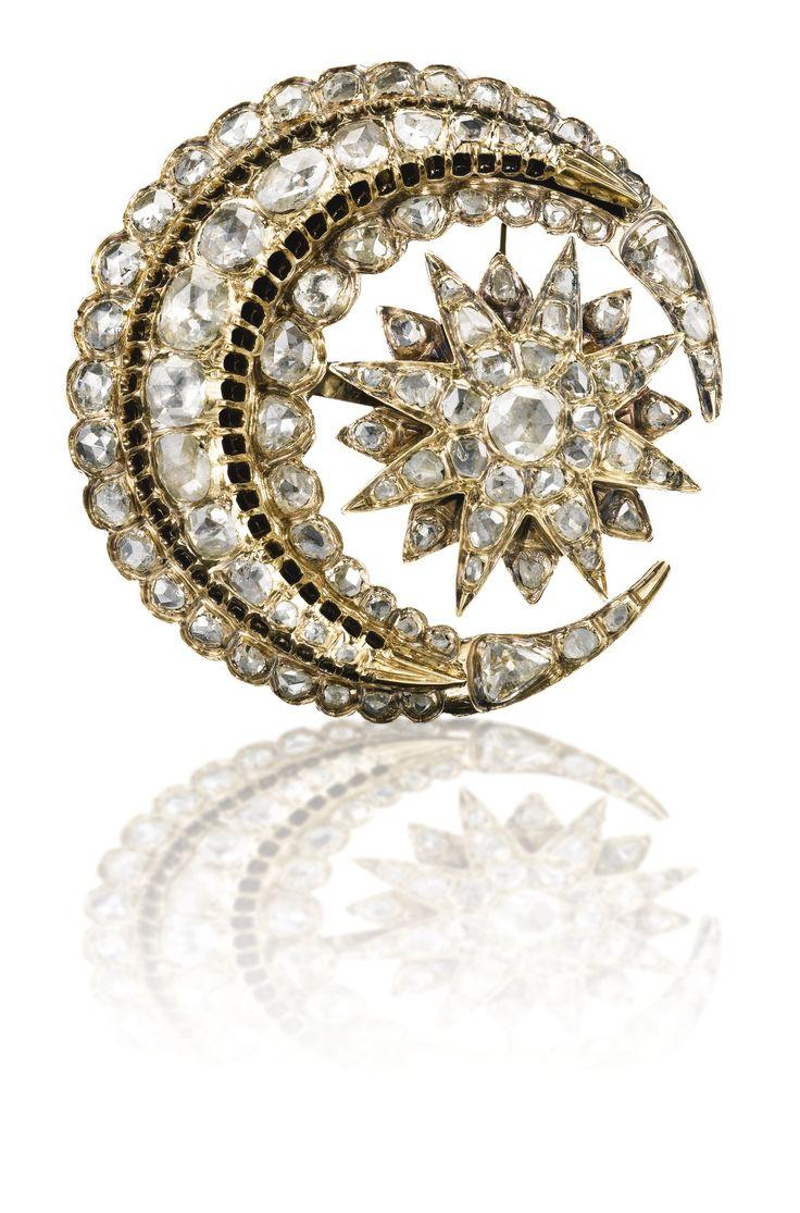 AN OTTOMAN DIAMOND BROOCH, TURKEY, EARLY 20TH CENTURY featuring a stellar form w...