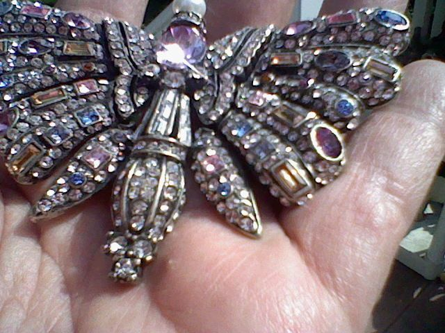 Brooches Jewels : Joan Rivers Limited Edition Bejeweled