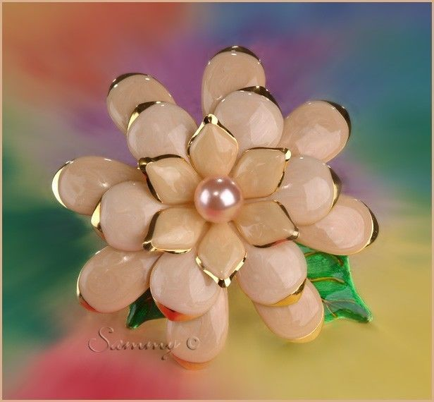 Large Joan Rivers Gold Enamel Pearl Gardenia Flower Pin | eBay