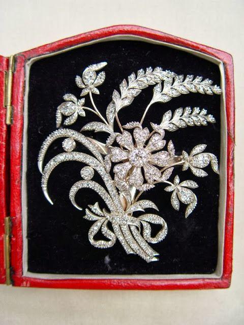 The Cornflower Aigrette, late 18th century