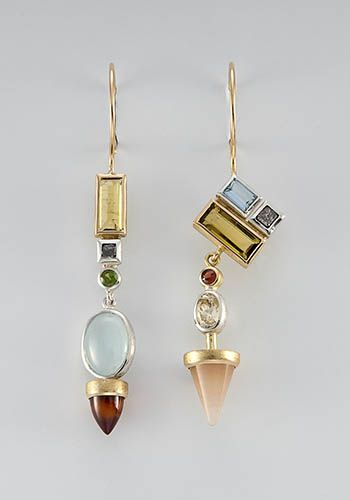 Janis Kerman: , Earrings in sterling silver, 18k yellow gold, yellow and green t...