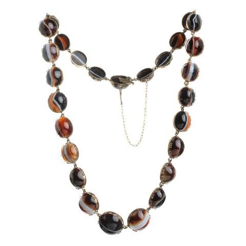 Early 19th Century Riviere Agate Necklace