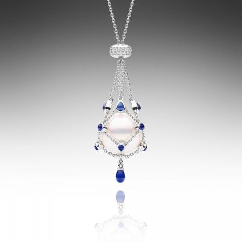 Pear masters Paspaley - Lavalier Bleu Petite with sapphire and diamond studded c...
