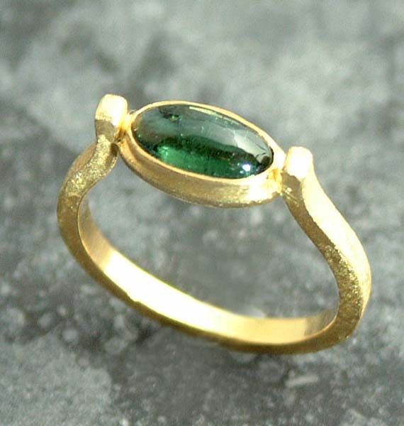 Green Tourmaline 18K Gold Ring.