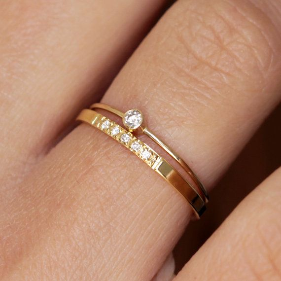 Small and beautiful. xx www.graceloveslac... #weddingring #engagementring #rings
