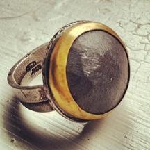 Tai Vautier: Hematite ring
