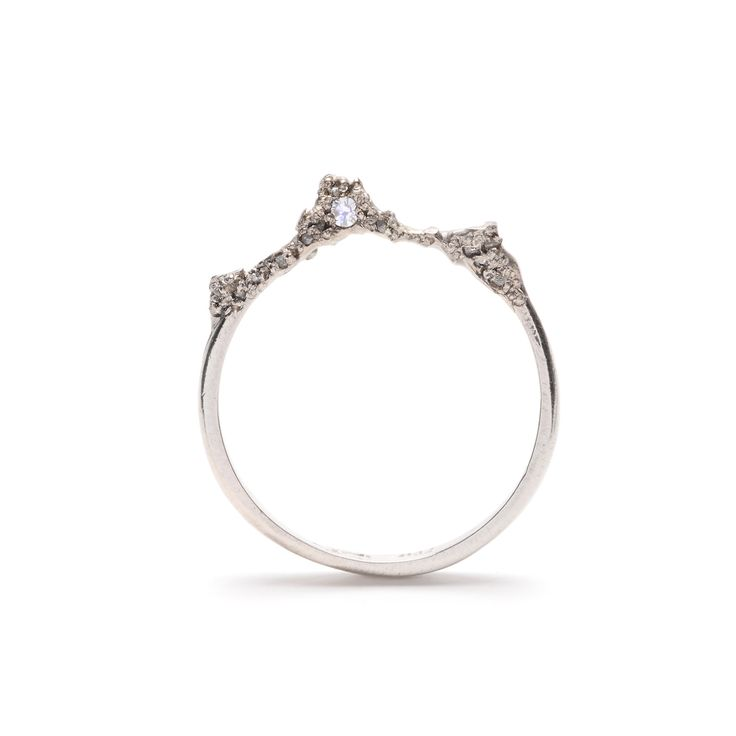 Unique engagement rings by Australian jewelers / Fine engagement ring by Julia d...