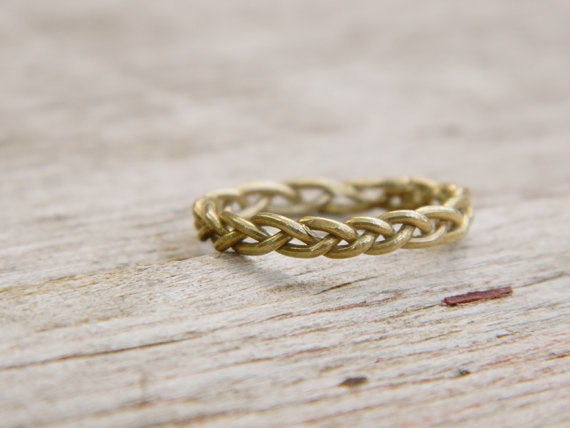 A simple and chic, braided band.