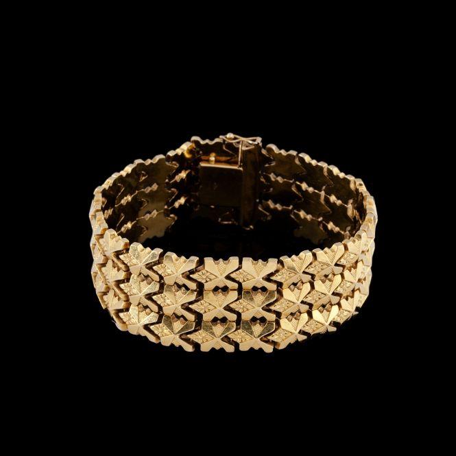 Articulated gold cuff bracelet - jewels   #BuyArtOnline   Expertissim