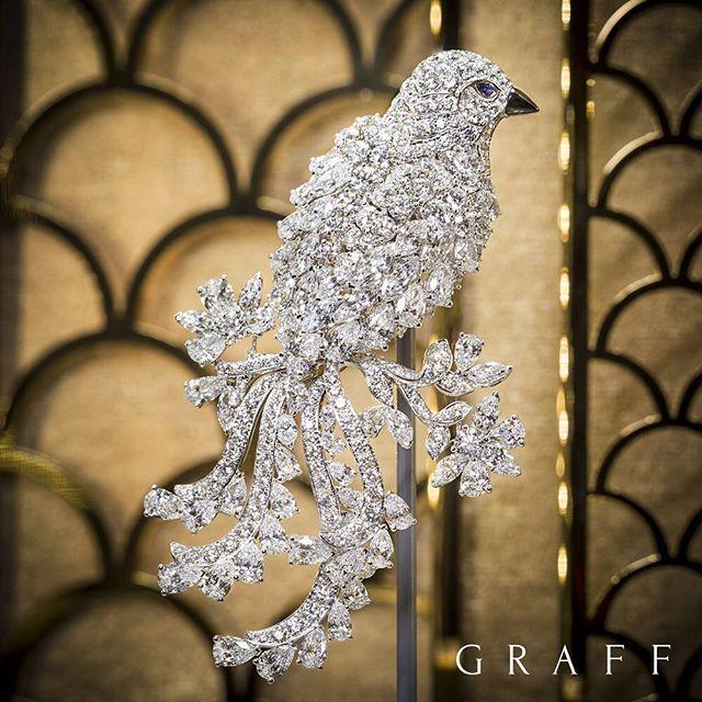 Take flight with Graff Diamonds precious bird brooch, an exquisite design featur...