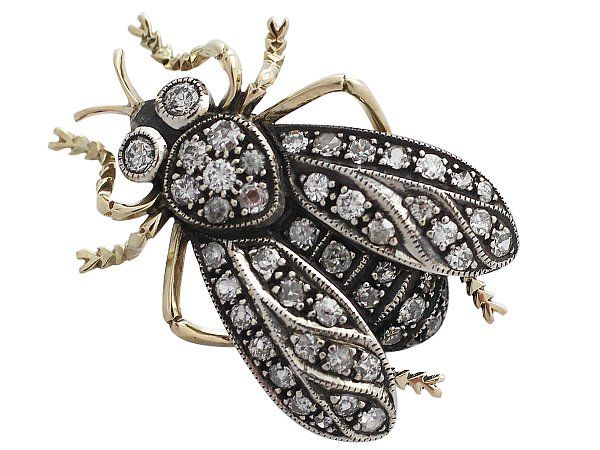 aAntique 1.05 ct Diamond and 14 ct Yellow Gold, Silver Set Bee Brooch