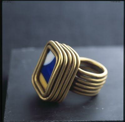 Ring | Alexander Calder. 1930. Gift for fellow artist Joan Miro. Brass wire and ...