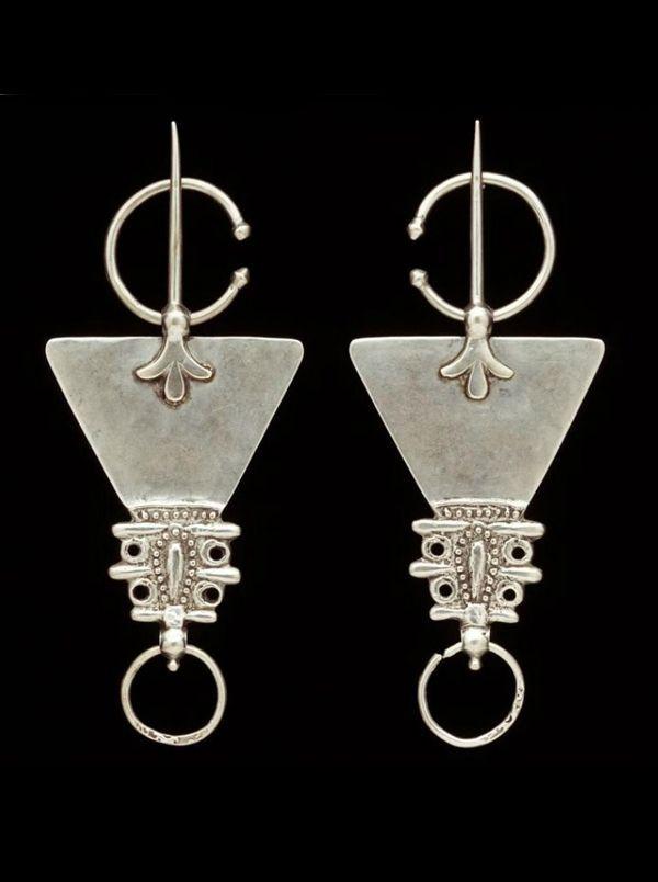 daydreamsonvinyl:  Morocco Fibula; silver