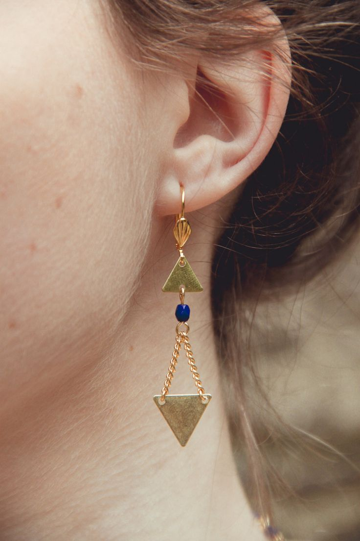 gold and navy geometric earrings triangle by Cestbonpourcquetas