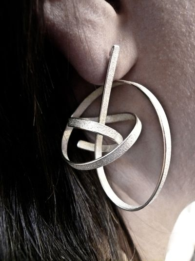 ute decker - sculptural earrings, eararchitectural rings, architectural jeweller...