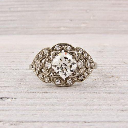 Antique Art-Deco ring