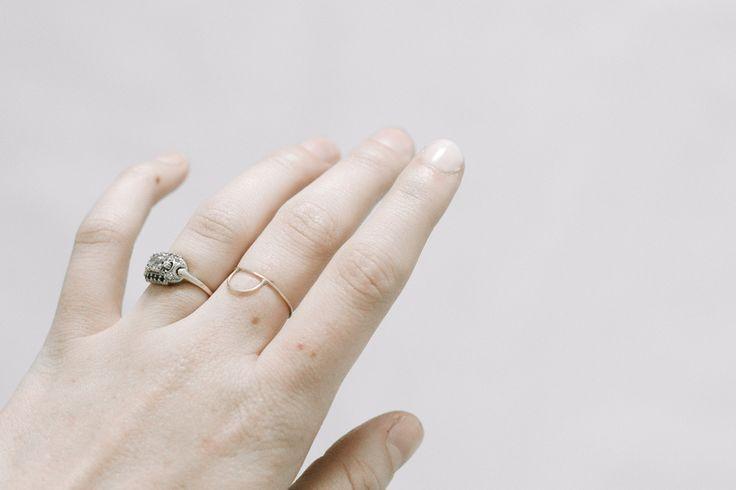 Love the nude nails + Arc Ring www.freshtangerin...