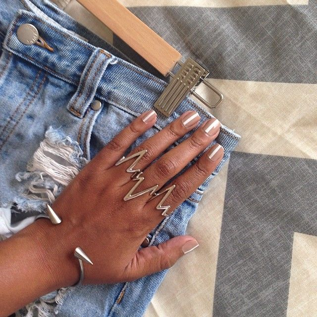 Tiffany in the You Zig I Zag Ring Set || Get the rings: www.nastygal.com/...