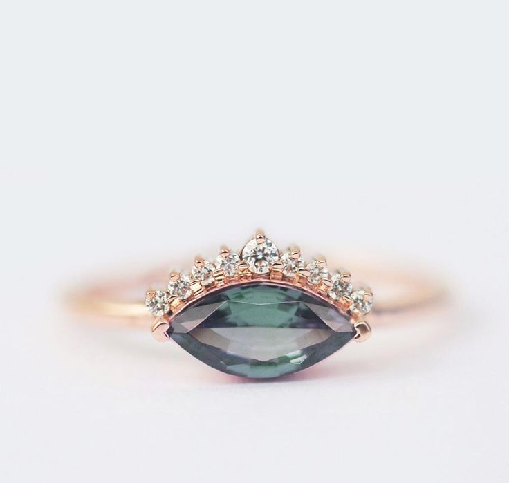 You need to keep this Old World engagement ring style on your radar! #marquisedi...